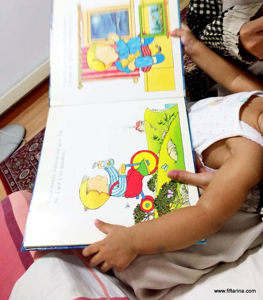 nursing-while-reading-a-book